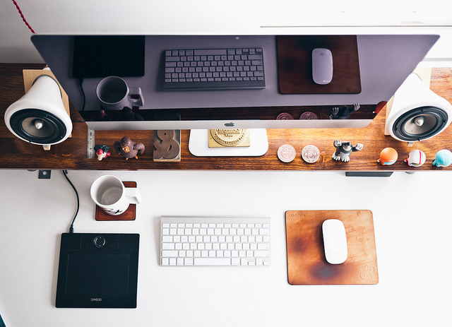 Desk-scene-Flickr-stock