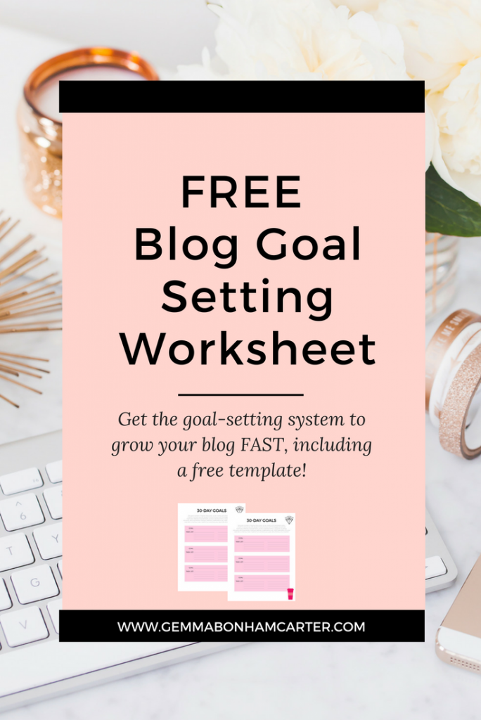 How to set blogging goals to grow your blog, including a free goal setting worksheet and printable editorial calendar!